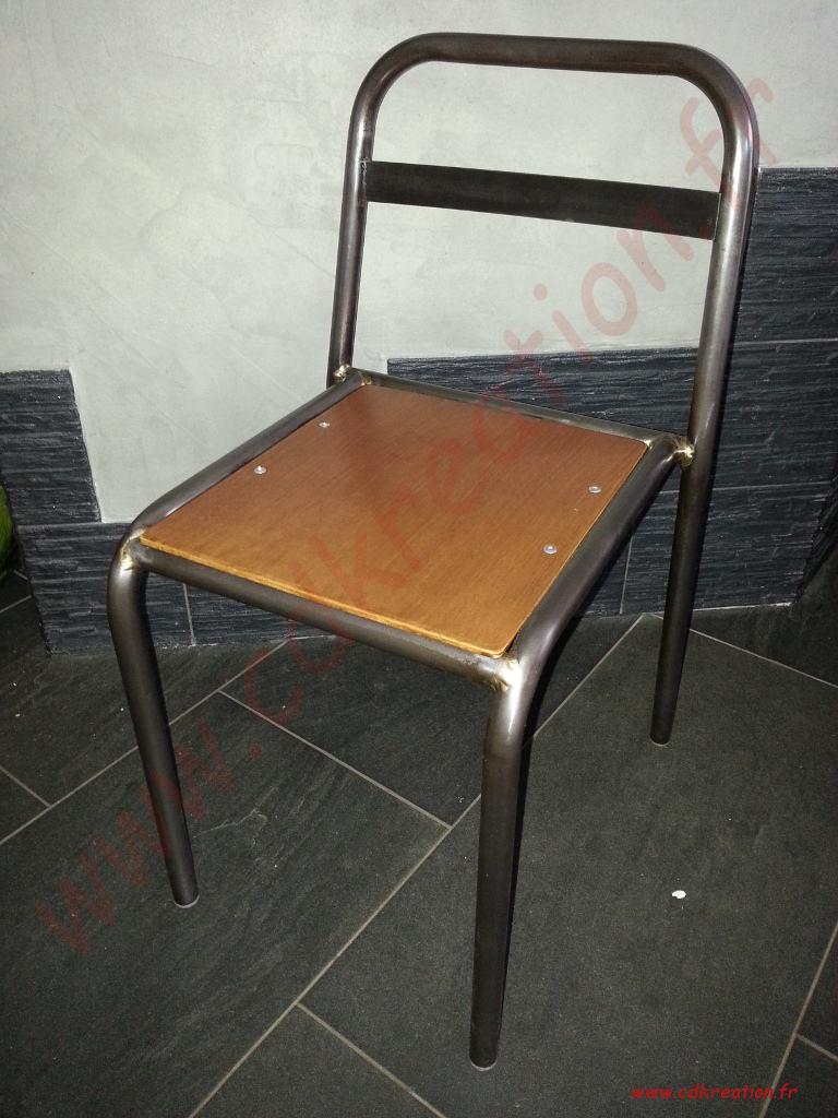 chaise ecole maternelle mullca tolix en m tal d cap et patin cdkreation. Black Bedroom Furniture Sets. Home Design Ideas